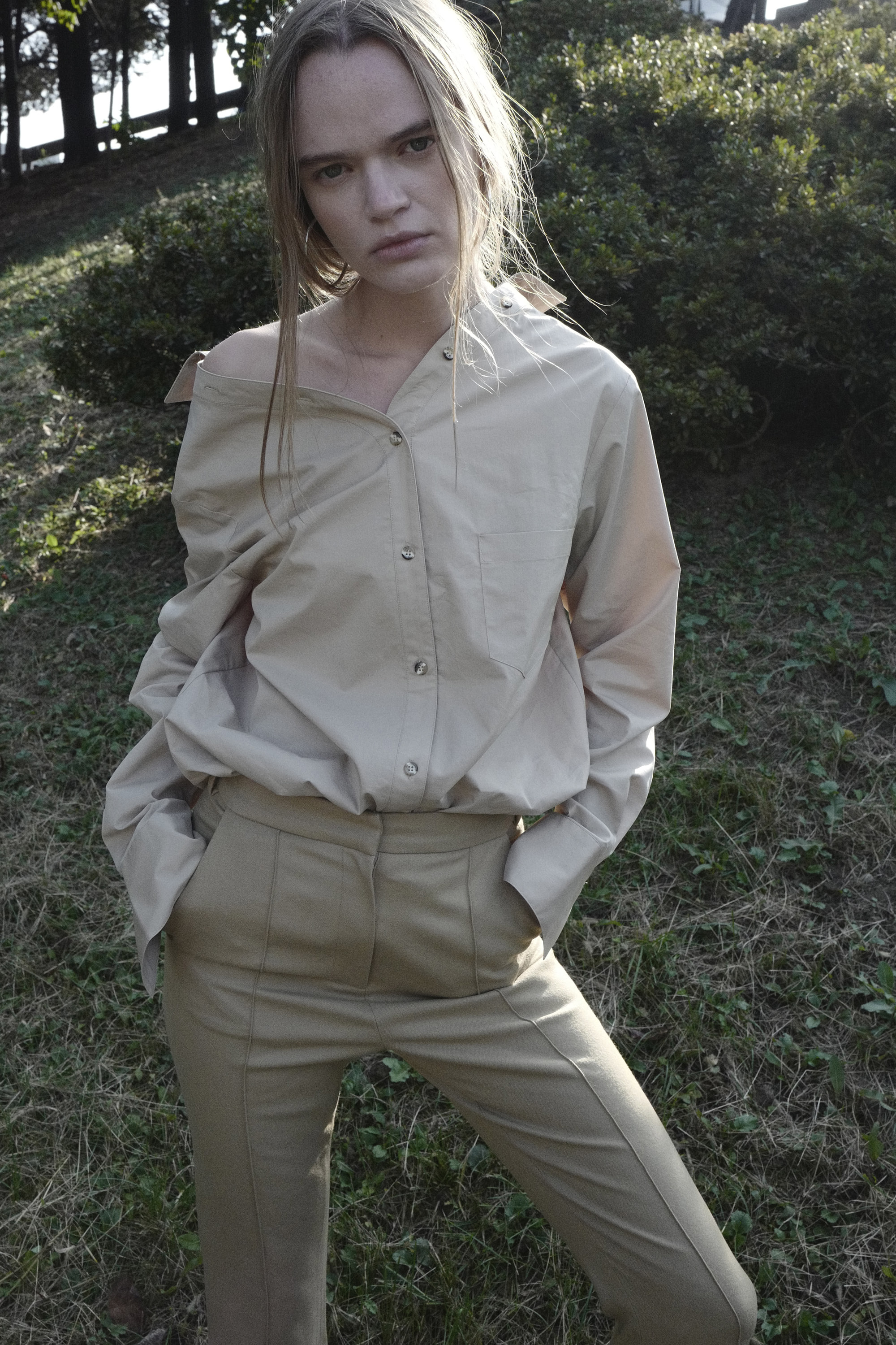 LEAN BACK BEIGE SHIRTS